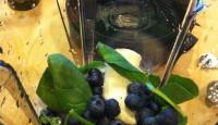 Fruit & Veggie Smoothie for Breakfast